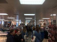 In de rij voor opening van Primark in Zwolle