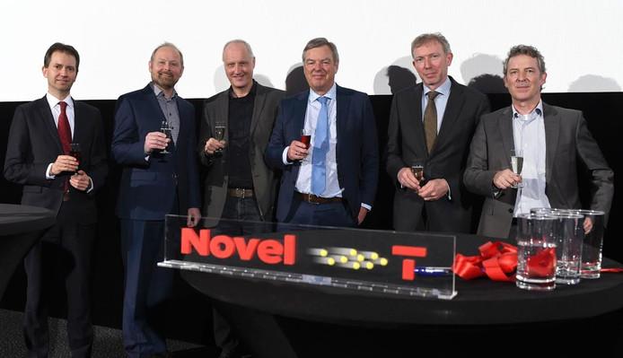 De grondleggers van Stichting Kennispark Twente, nu Novel-T