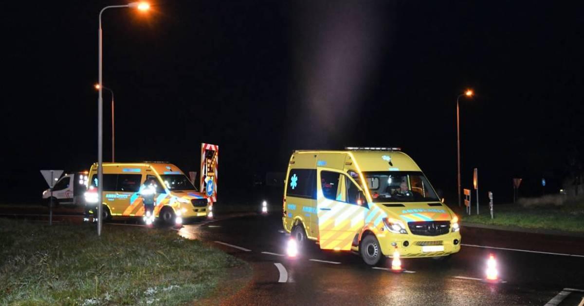 Voetganger overlijdt na aanrijding met auto in Oostburg.