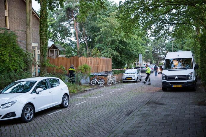 Onderzoek na steekincident aan Paracelsuslaan in Bergen op Zoom.