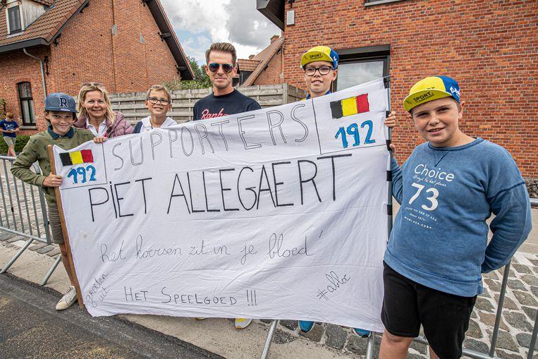 Supporteren voor Piet Allegaert.